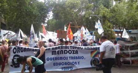 Contra-la-persecución-también-en-Mendoza-190116-marchaa